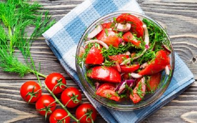 Super Simple Summer Salad (5 ingredients – 5 minutes)