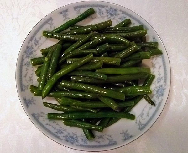 cooked green beans