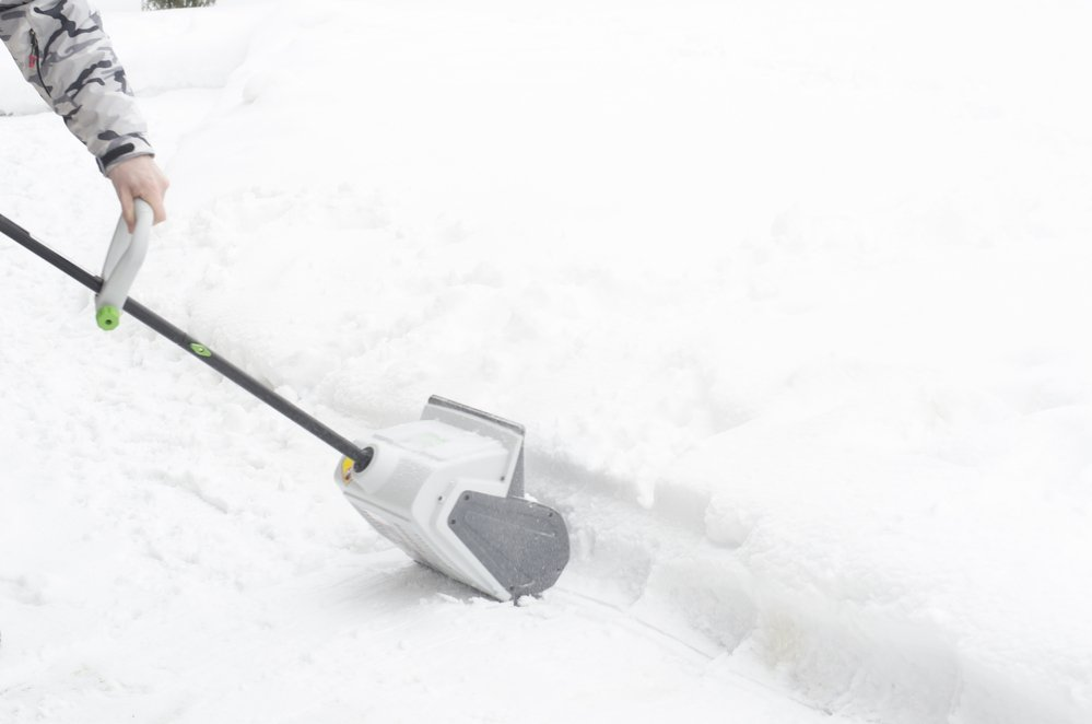 battery operated snow shovel